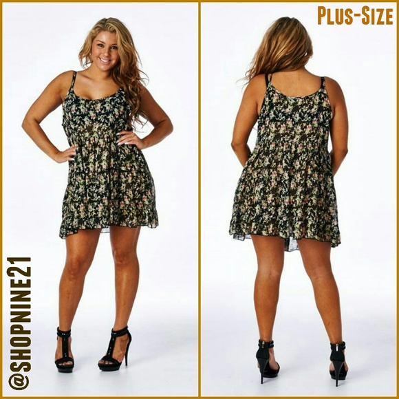 NEW Plus-Size Floral Baby Doll Dress